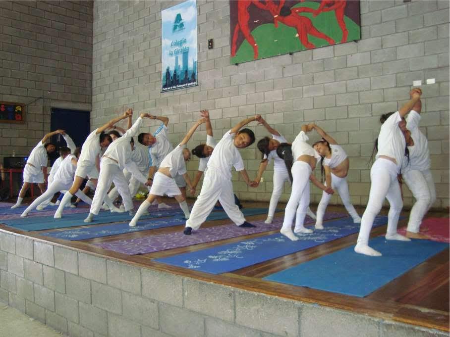 atmadhara clases de yoga