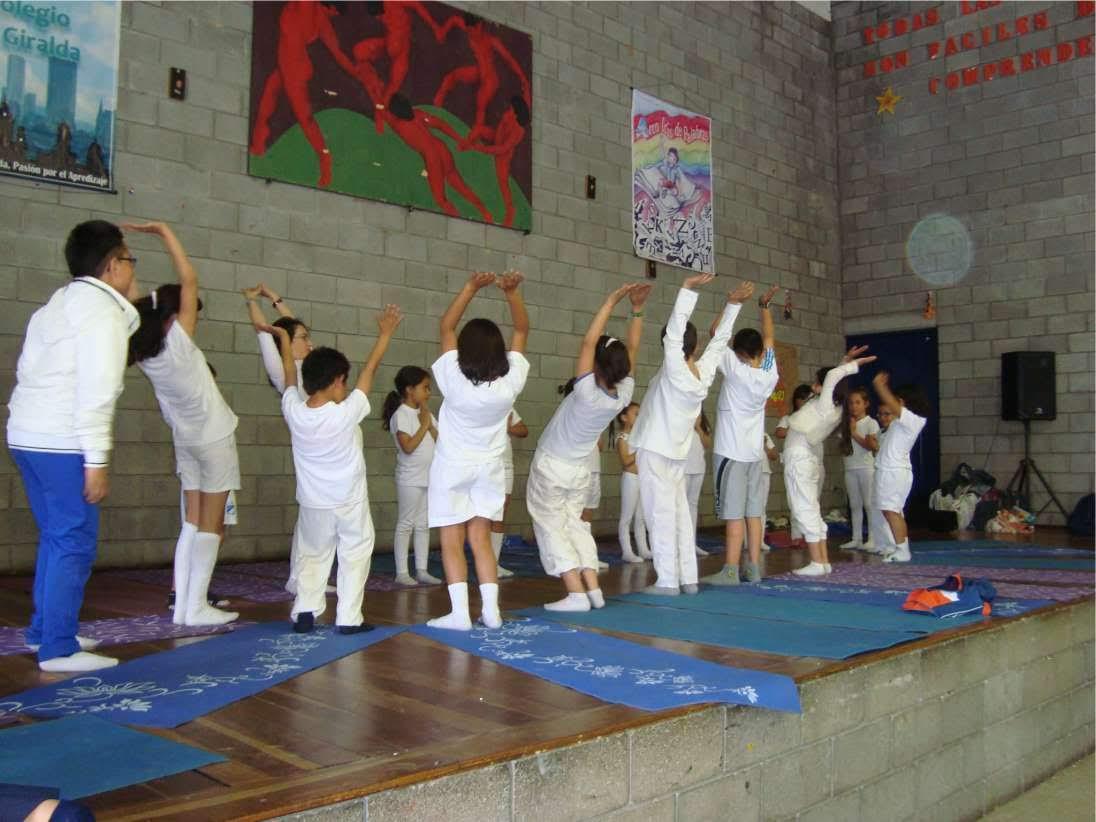 practica de yoga escuela en bogotà